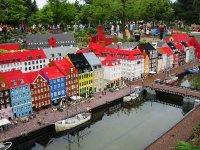 Большой город из «LEGO»