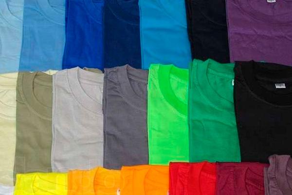Самая популярная повседневная одежда - футболки