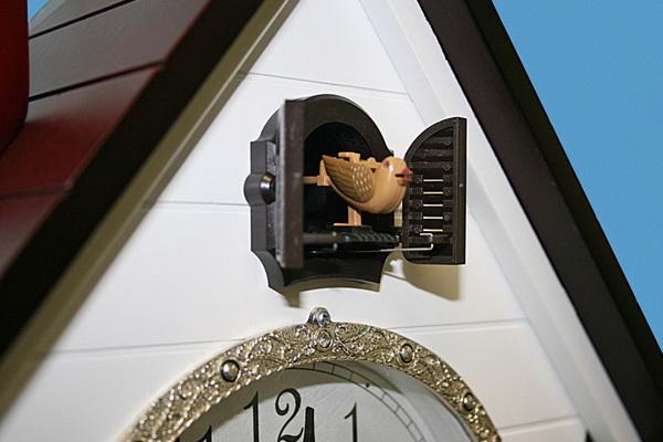 Часы с кукушкой...