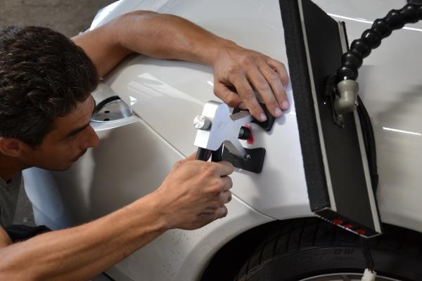 Как удалить вмятины на автомобиле без покраски?