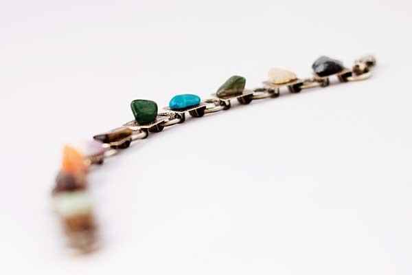 Выбираем браслеты из камней
