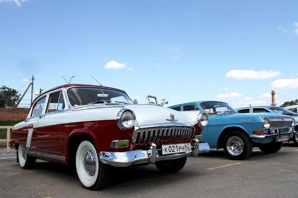 Транспортировка автомобилей в прошлом веке