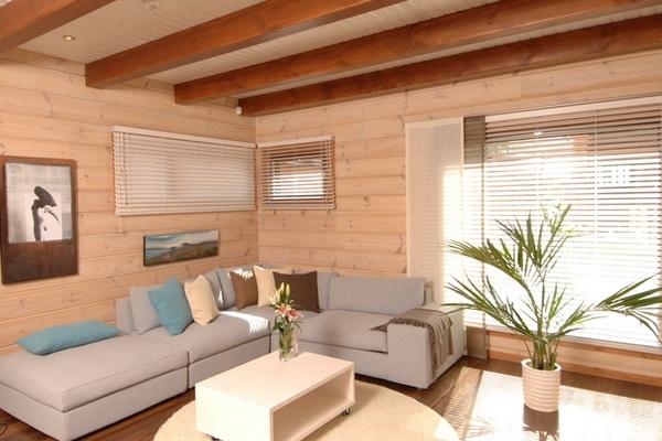 Потолок деревянного дома. Какую отделку выбрать