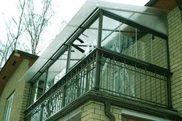 Выбираем крышу для балкона
