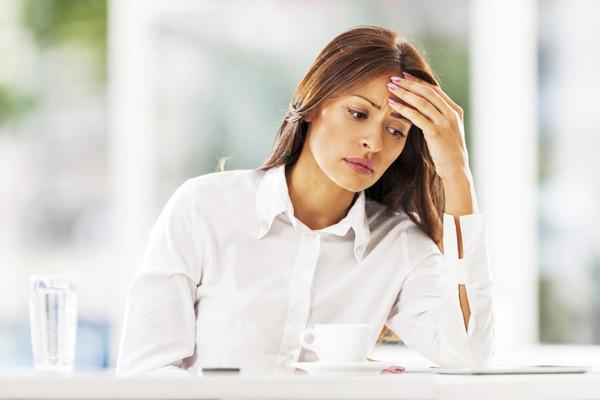 Британские ученые доказали, что зацикливание на негативе – одна из основных ...
